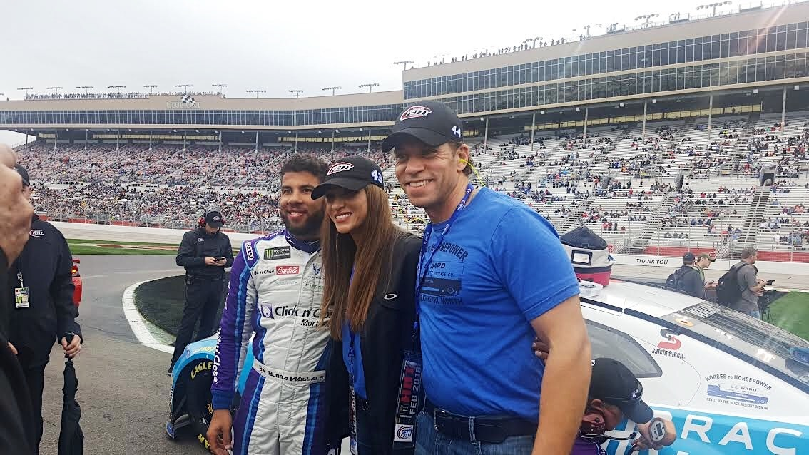 E.E. Ward Supports Bubba Wallace at the Folds of Honor QuikTrip 500