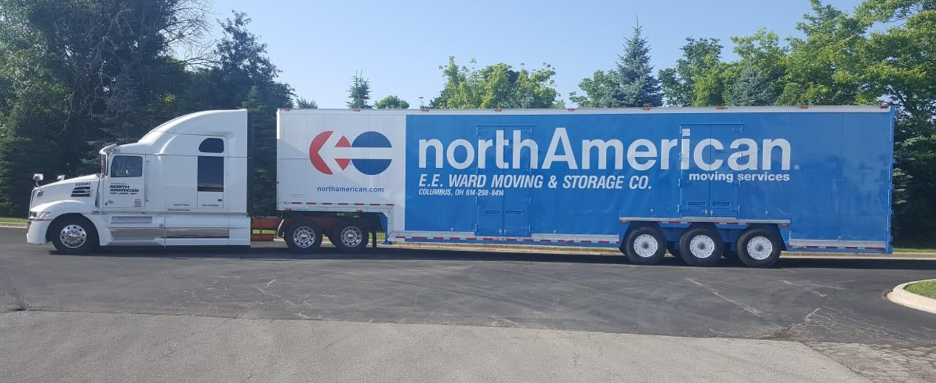EE Ward Moving truck